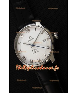 Omega De-Ville Annual Calendar Co-Axial Montre Réplique Suisse 1:1 Miroir Édition cadran blanc