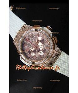 Montre Hublot Big Bang en or rose avec mouvement à quartz sur bracelet blanc